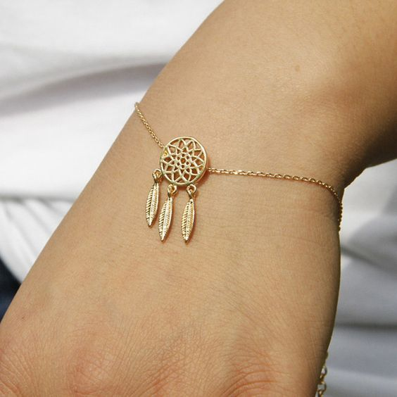 bracelet attrape r ves the trendy store. Black Bedroom Furniture Sets. Home Design Ideas