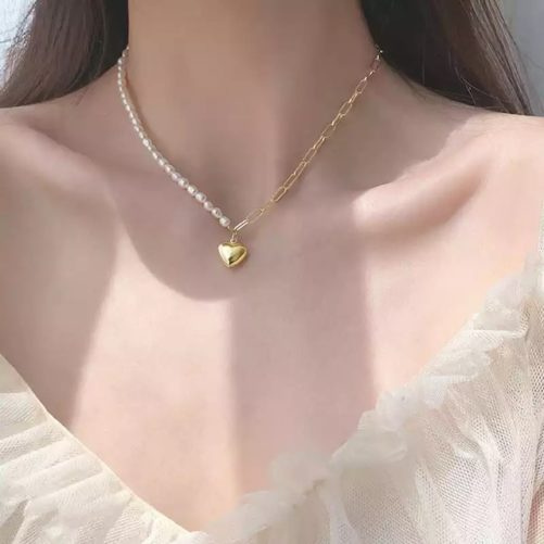 collier fantaisie original avec coeur