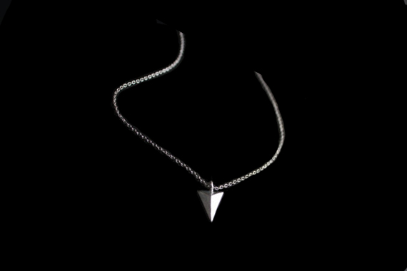 collier pyramide argent
