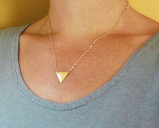 collier triangle bijoux tendance