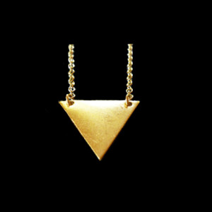collier triangle tendance 2014
