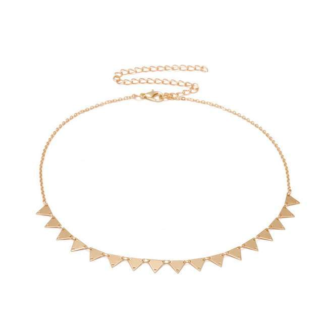 collier triangle tendance