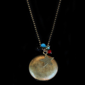 sautoir medaillon etoile