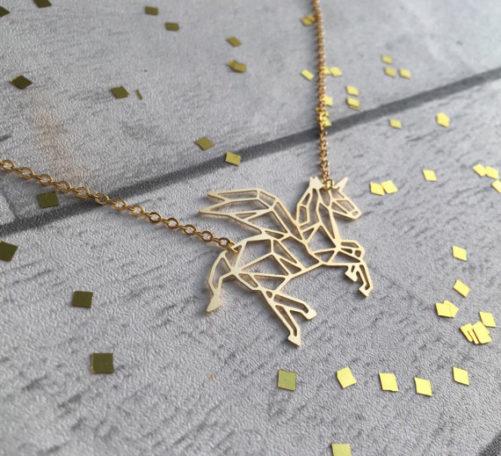 collier licorne dore