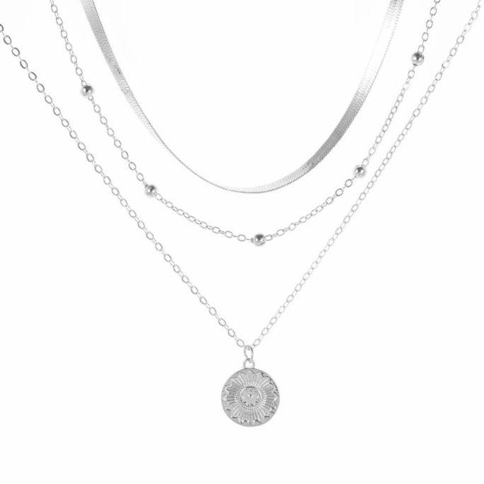 collier medaille argente tendance
