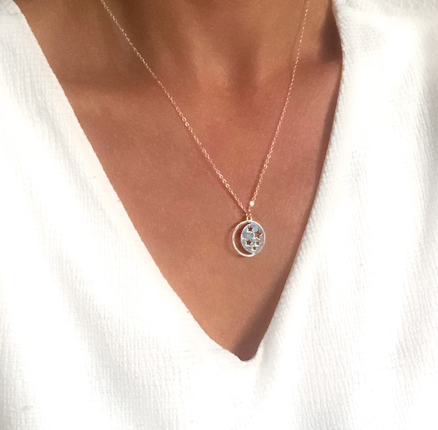 collier medaille lune etoile